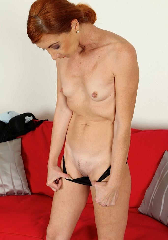 Zum Sexthema Sexanzeigen Düsseldorf und auch Erotik Treffen Frankfurt frag doch einfach Carola.