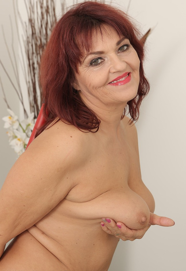Reife Frau Bielefeld, Privater Sex Bremen – Britta hat Lust darauf.