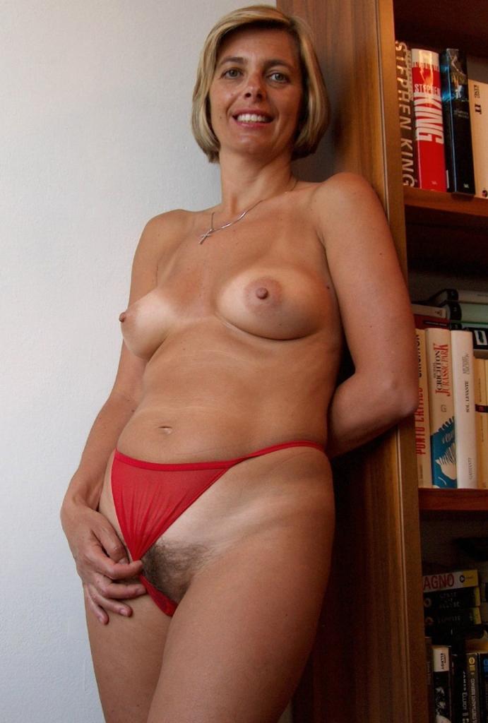 Unsere erfahrene Cougar Lieschen möchte ein reizvolles Sextreffen.
