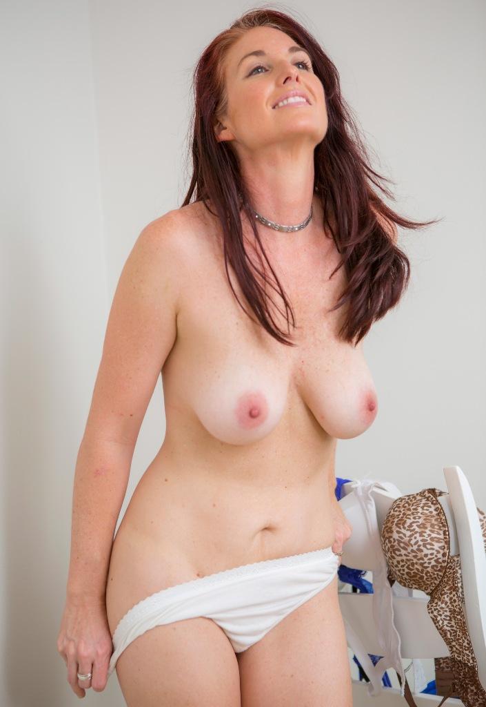 Hättest Du Spaß daran zum Thema Erotik Kontakt Berlin zu chatten?