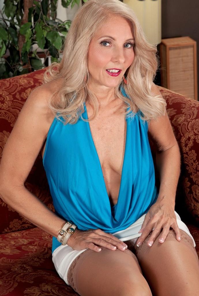 Bezüglich Ehefrau ficken oder Cougars ficken frag doch einfach Vanessa.
