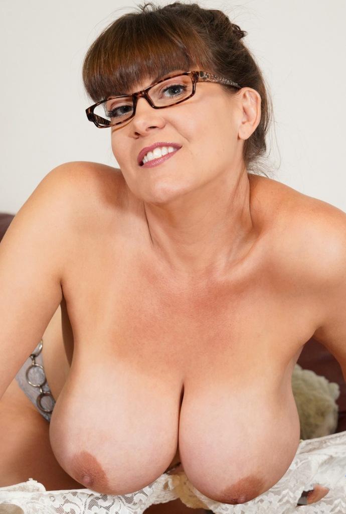 Hättest Du Spaß daran bezüglich Erotikdating Kiel mehr in Erfahrung zu bringen?