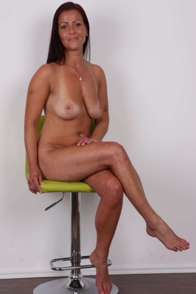 Zum Thema Sex Anzeigen Duisburg oder auch Privatsex Frankfurt begrüßt Dich sehnsüchtig Christina.