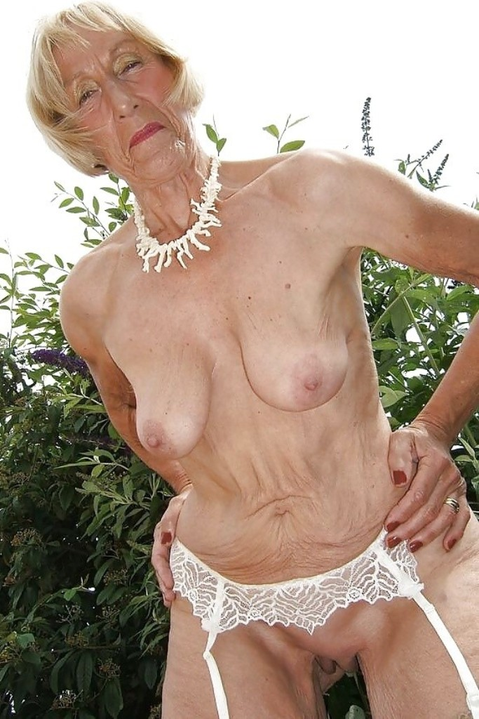 Zum Thema Poppen Düsseldorf oder auch Sex Kontakt Franken frag Maria.