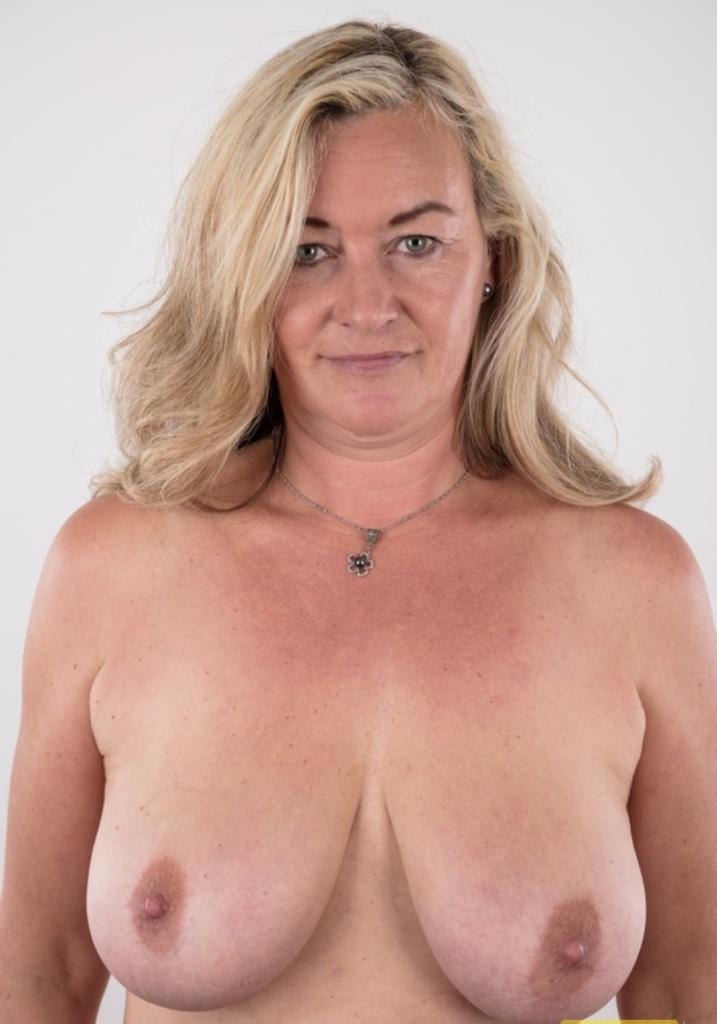 Hätte jemand Spaß daran in Sachen Privater Sex Leipzig mehr zu erfahren?