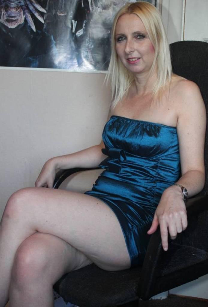 Sie sucht ihn Berlin, Sex Anzeige Dortmund – Heike braucht es.